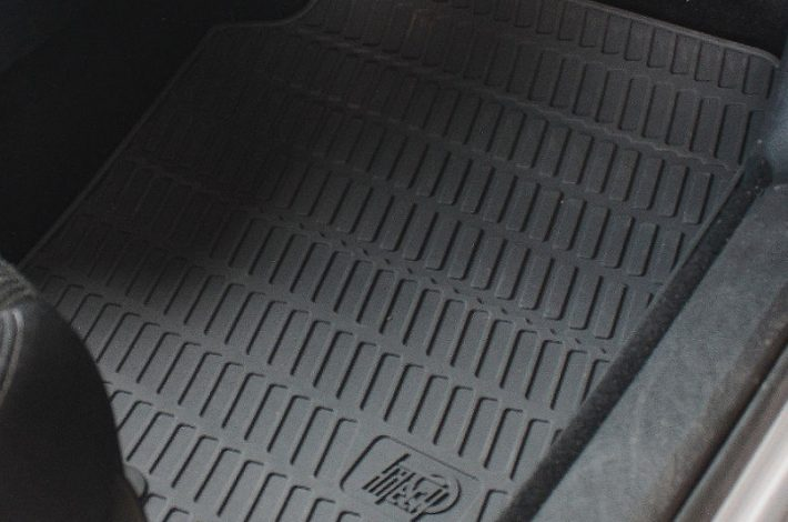 Zakup odpowiednich dywaników do auta